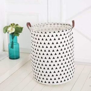 סל אחסון גדול בהדפס משולשים שחור-לבן