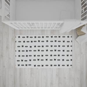 שטיח בהדפס של באטמן בצבעי שחור-לבן