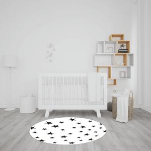 שטיח בהדפס כוכבים בצבעי שחור-לבן