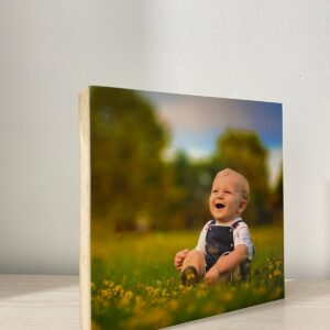 """תמונה על בלוק מעץ בגודל 15X15 ס""""מ"""